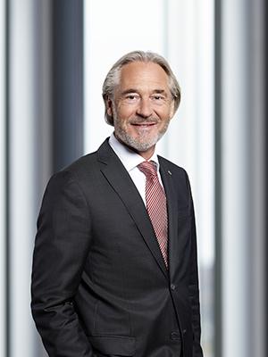 Jürgen Stühmeyer celebra 30 años de éxitos con el Grupo Gauselmann