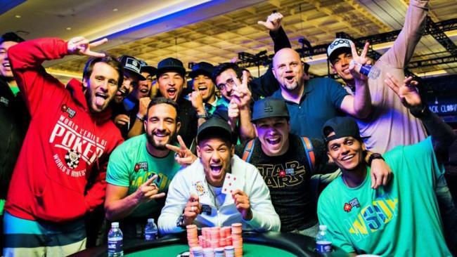 Neymar organiza con éxito la primera edicición de su primer torneo de poker  en Brasil